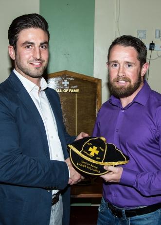 James Thomas presents Shane with HoF cap